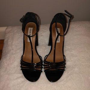 Black chunky heels. Steve Madden.